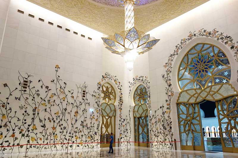 シェイクザイードグランドモスクのシャンデリア