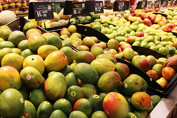 ドバイのスーパー、カルフールのマンゴー